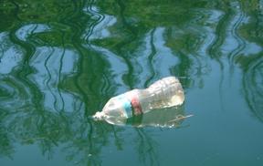 Sailors Nightmare In Rio S Plastic Bags Trash Water